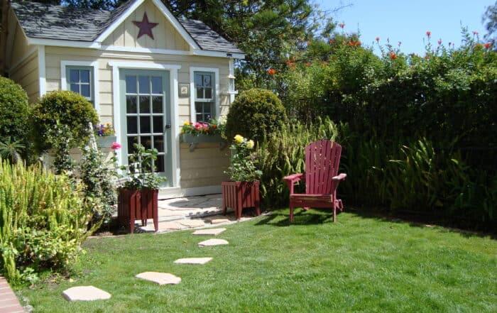 Custom Home Studio Hummingbird - Summerwood Products