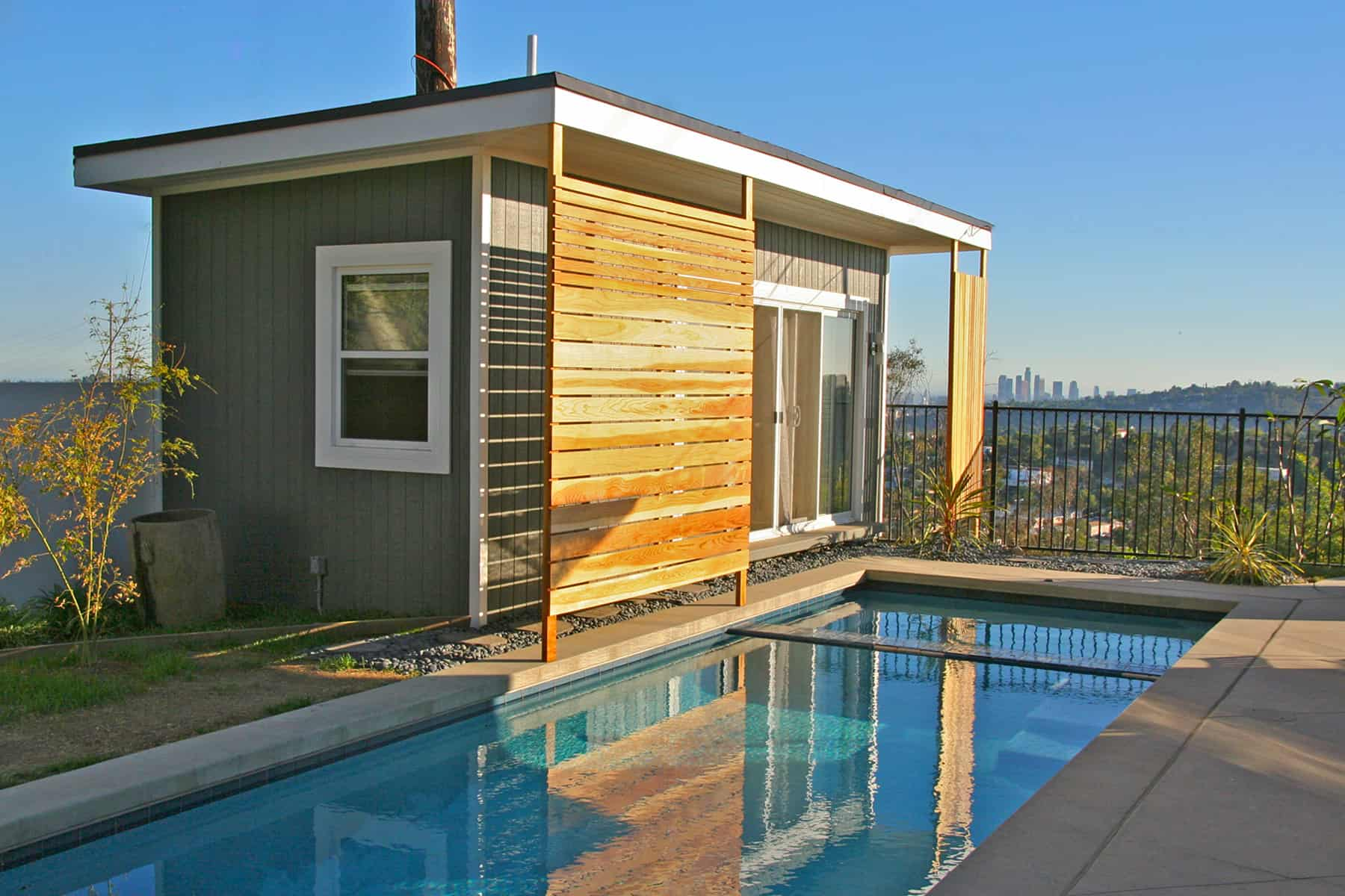 The Modern Verana Pool House - Summerwood Products